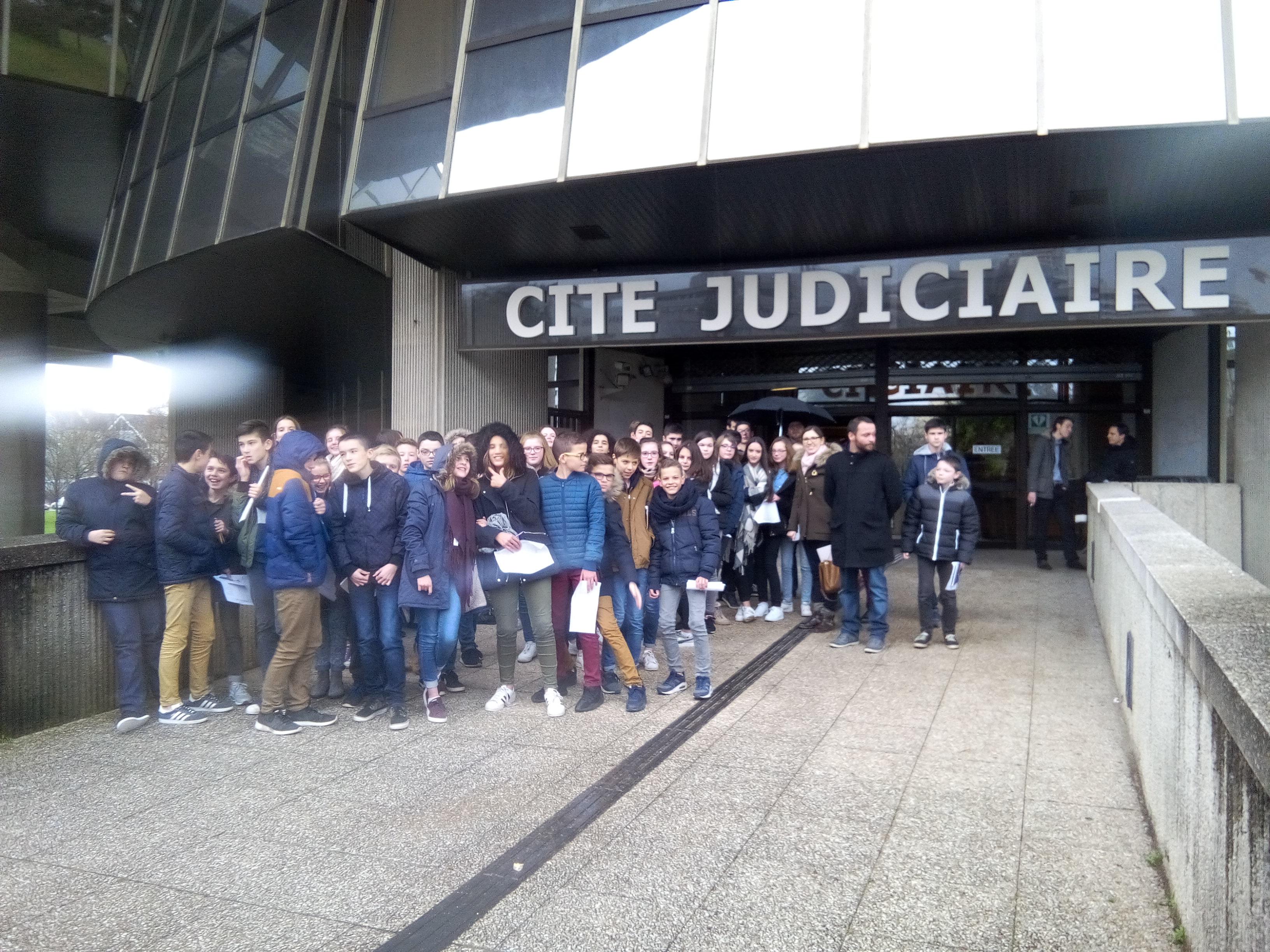 Sortie au tribunal correctionnel de Rennes avec les 4èmes
