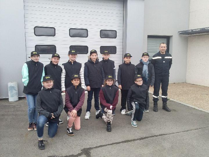 Les Cadets de la Sécurité en formation à la caserne de Martigné